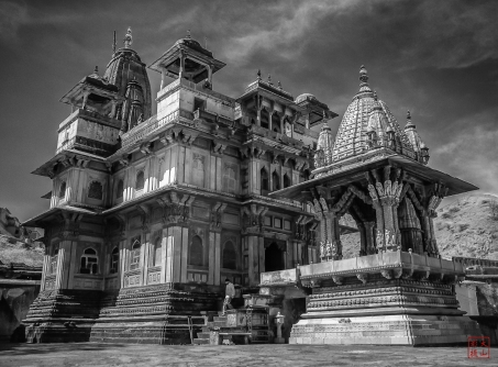 B&W of the Temple