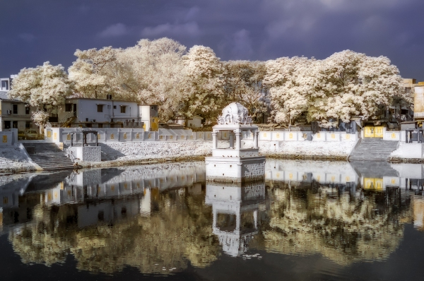 Reflections in IR_StuartKinkade_02